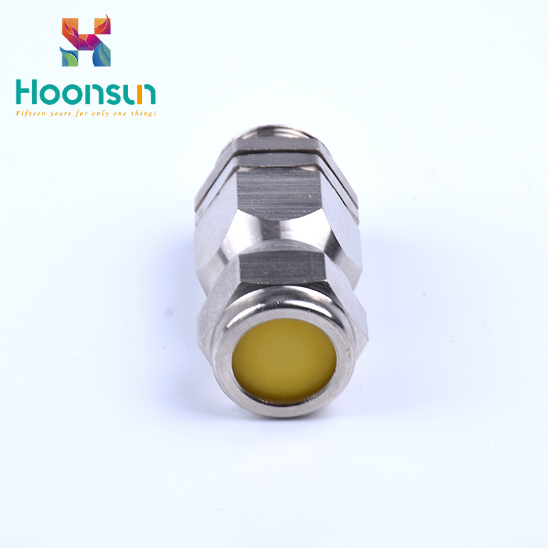 customized hot sale waterproof IP66 explosionproof armoured cable glands